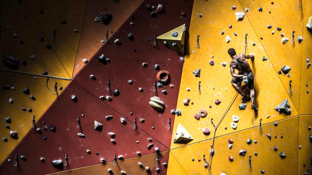 Blocs and Walls climbing