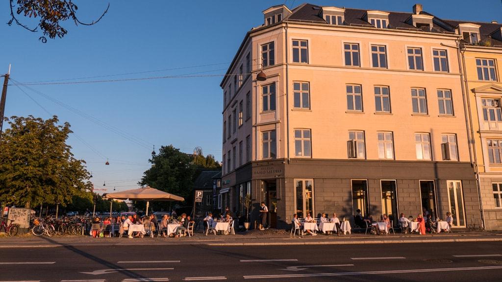 Famo Metro is an Italian restaurant in Østerbro, Copenhagen.