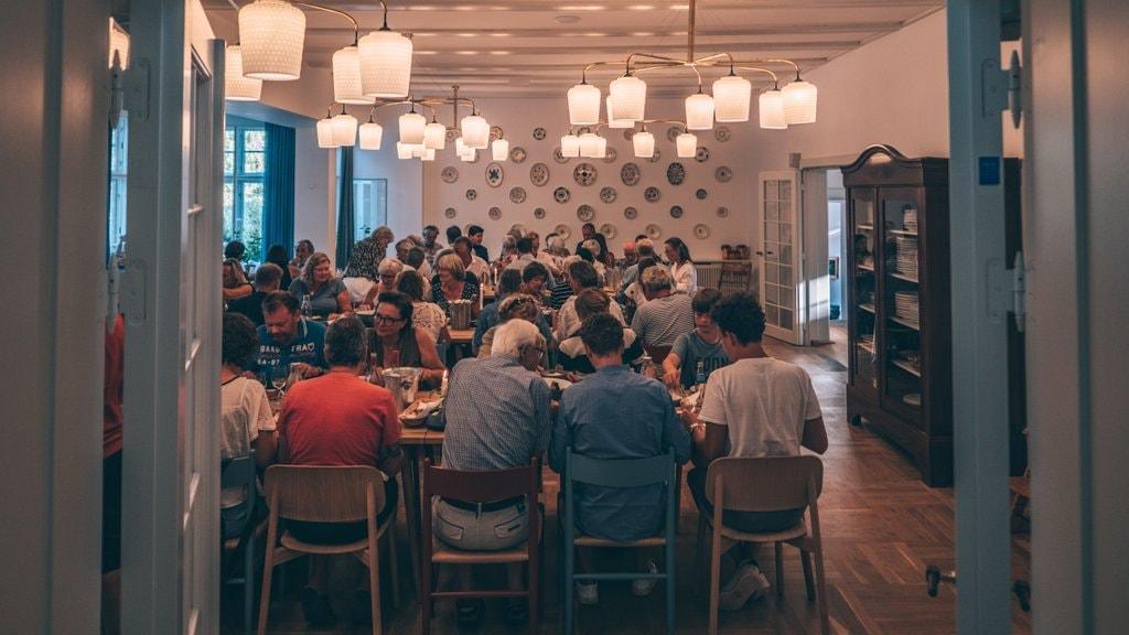 Fællesmiddag på Hotel Hornbækhus