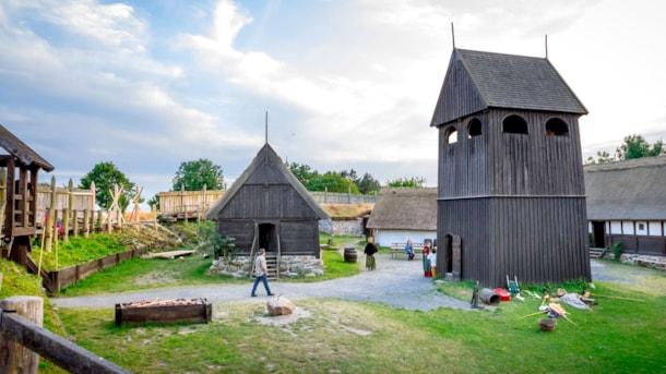 Oplevelser Pa Bornholm Spaendende Sevaerdigheder Hammershus Lej
