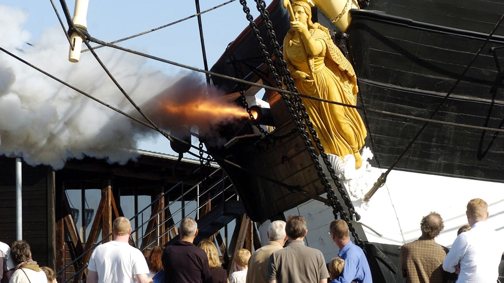 Fregatten Jylland kanonaffyring