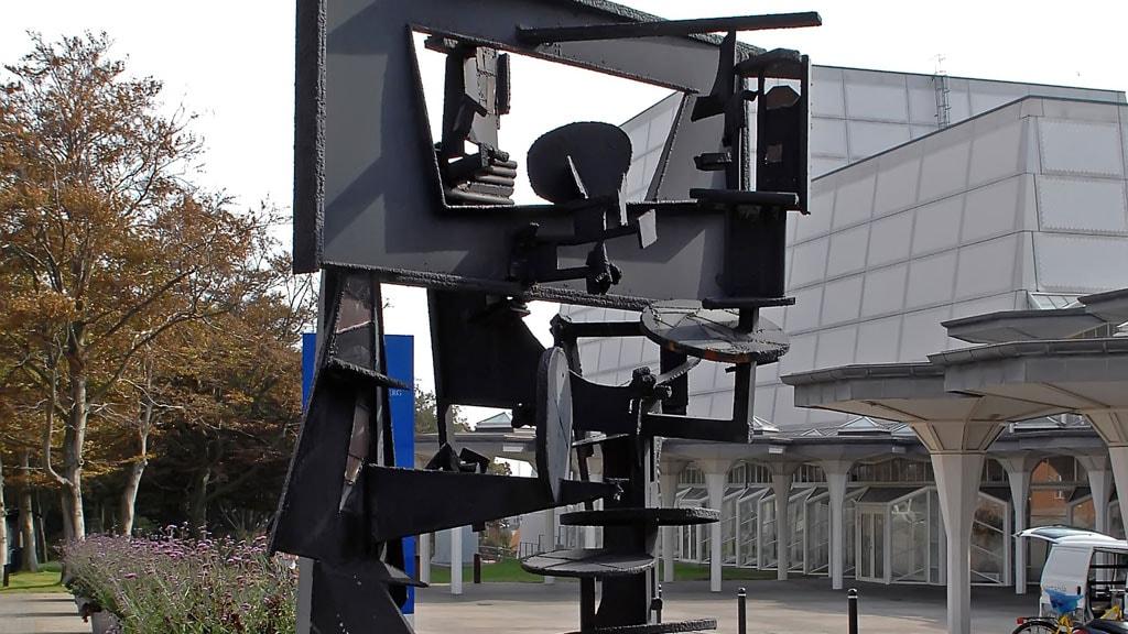 Iron sculpture Esbjerg | Robert Jacobsen