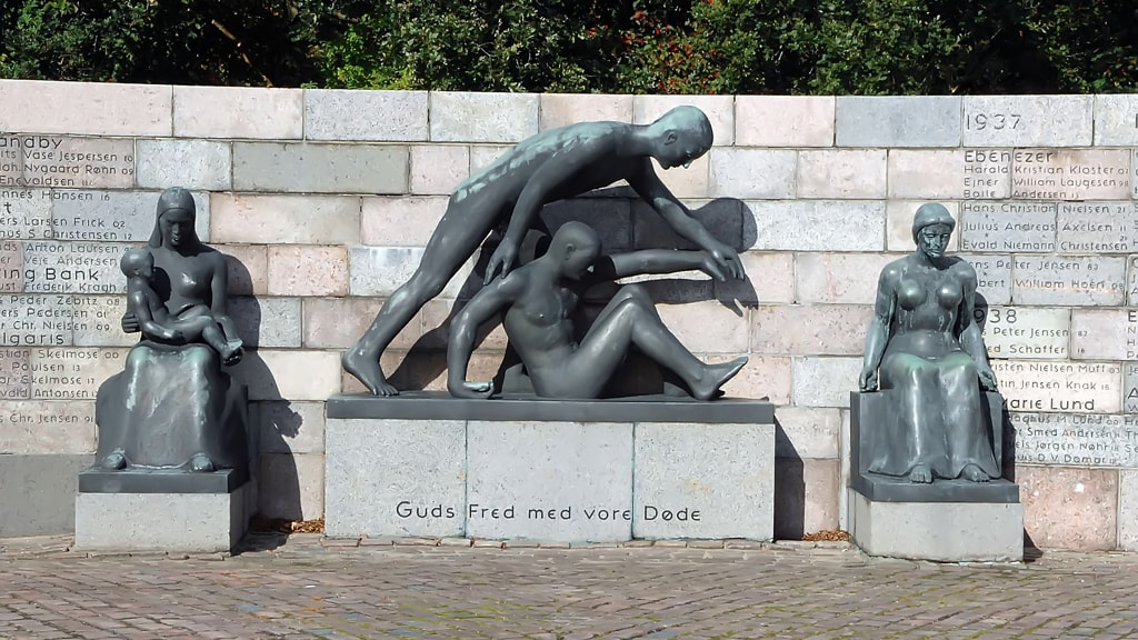 The memorial for dead fishermen from Esbjerg