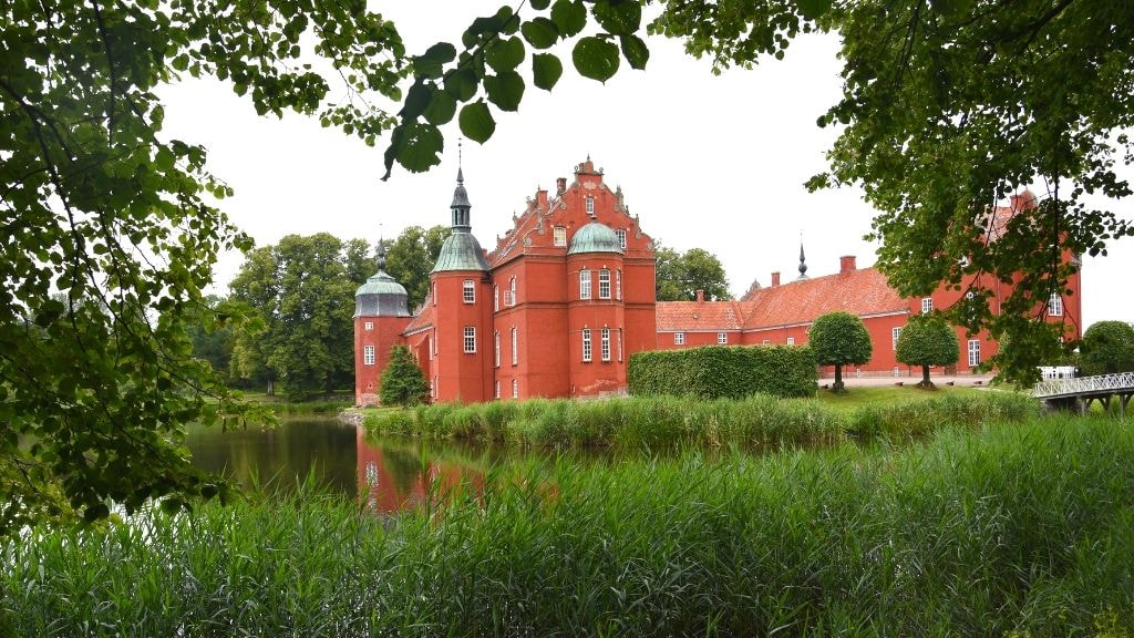 Løvenborg Castle and baroque garden | Photo: VisitHolbæk