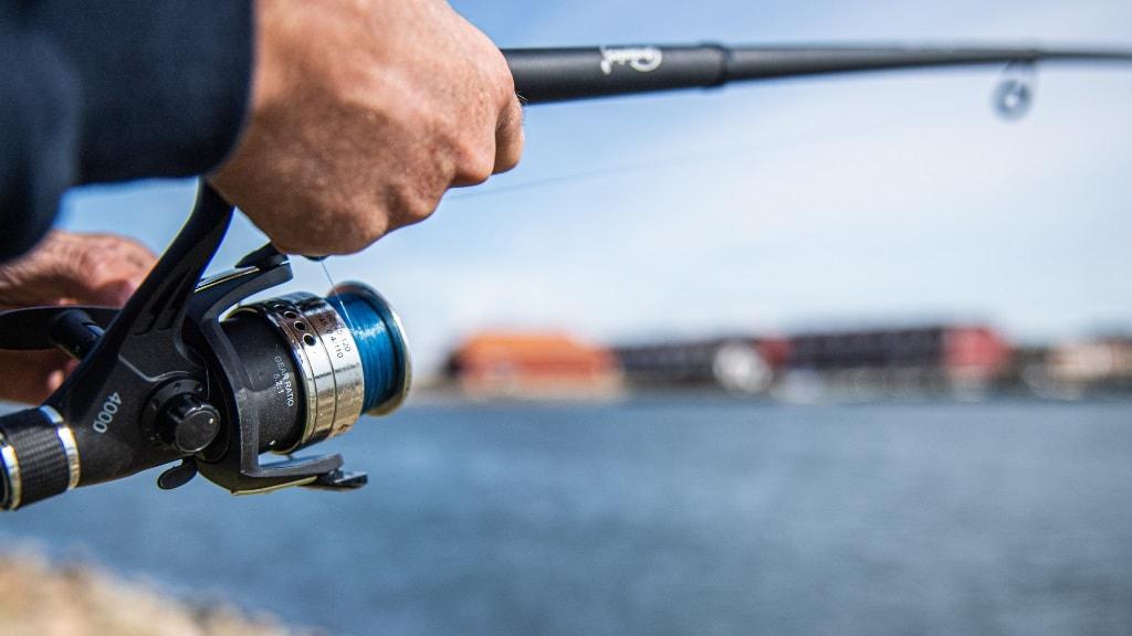 Thorsminde - lystfisker med fiskestang
