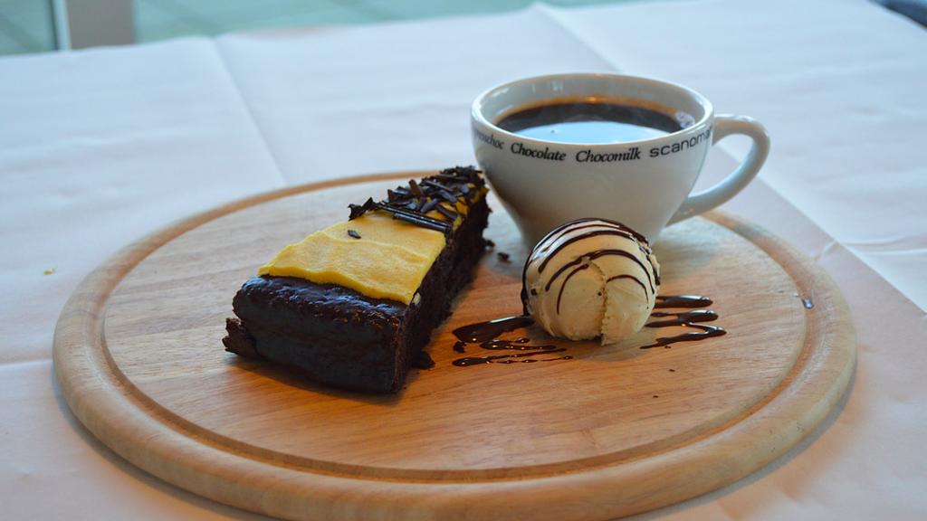 Snaptun Havnebistro kage og kaffe