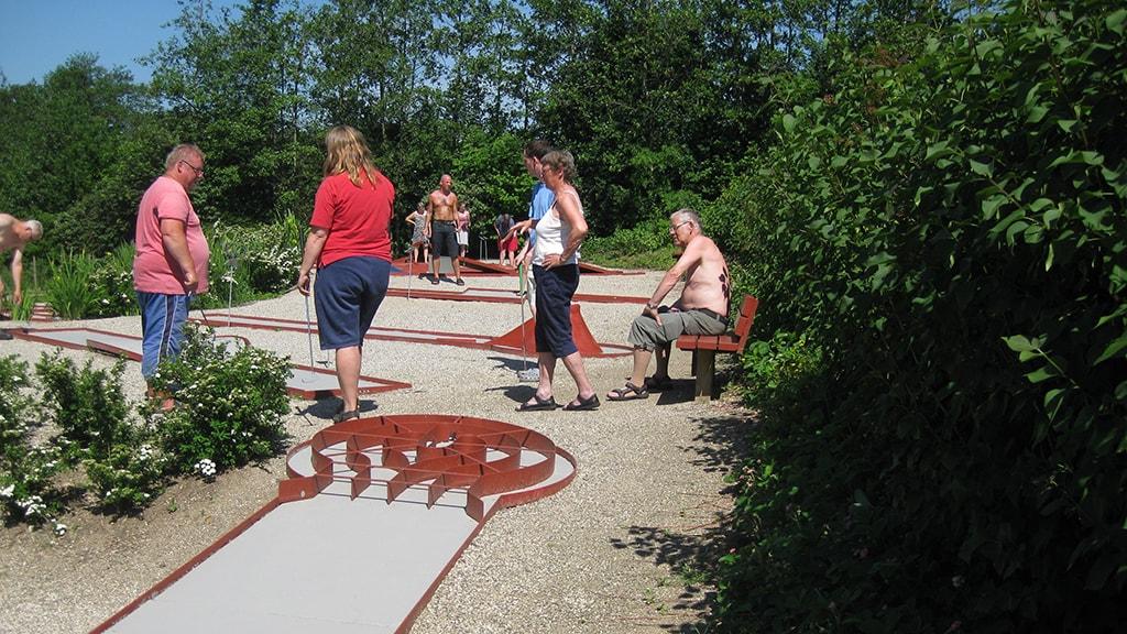 Løgballe Camping Minigolf sommer