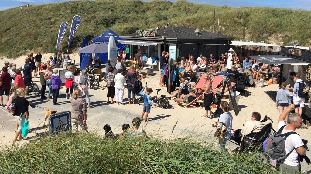 north shore surf café shop terrasse formiddag