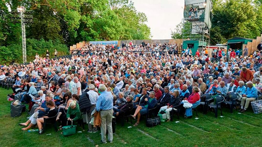 Nyborg Voldspil publikum udendørsscene