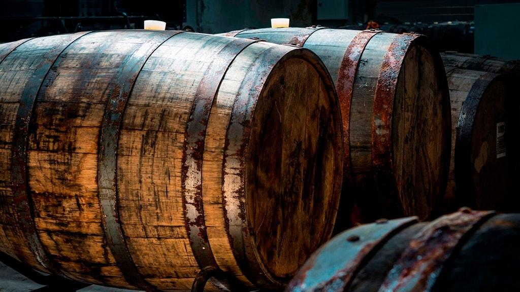 Nyborg Destilleri - Produktion restaurant rundvisning - whiskytønder