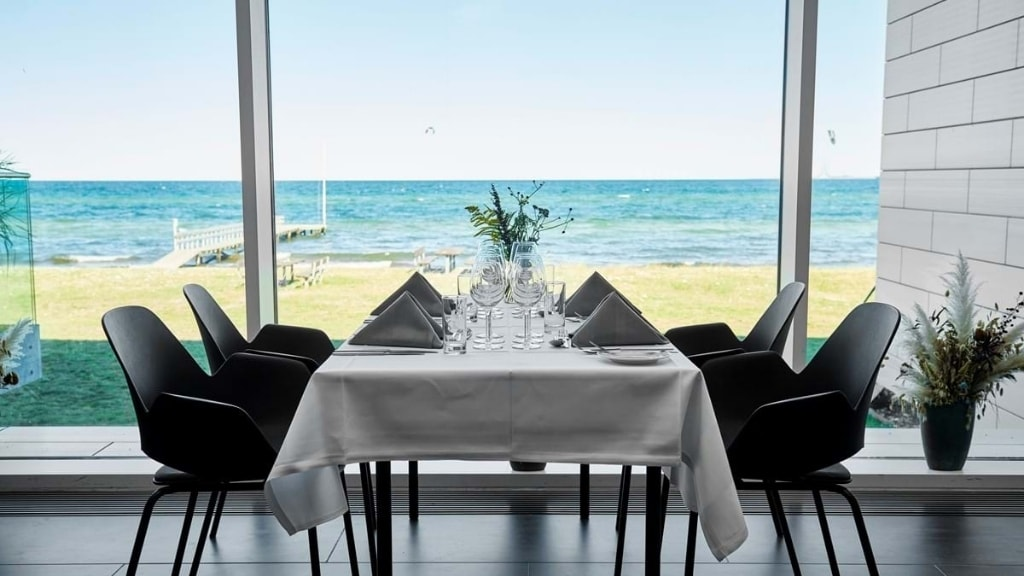 Nyborg Fyn Danmark Sinatur Storebælt Hotel Restaurant Bord