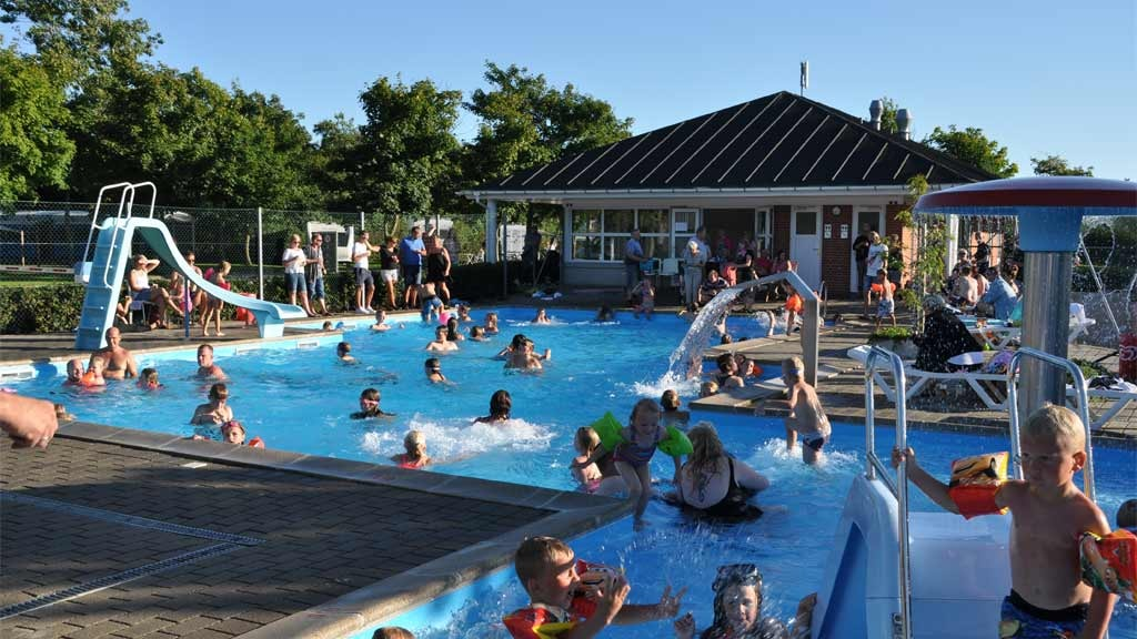 Swimming pool | Esbjerg Camping