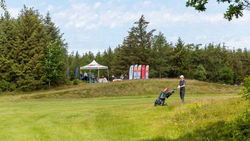 Golfer on the field | Esbjerg Golf Club