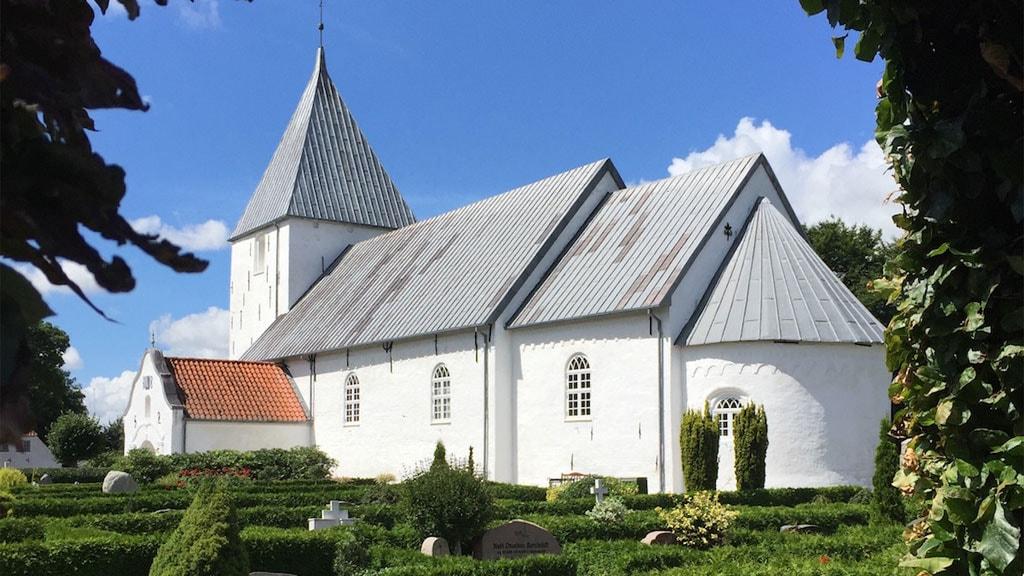 Højst Kirke