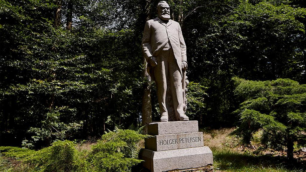 Statue Baldersbæks grundlægger