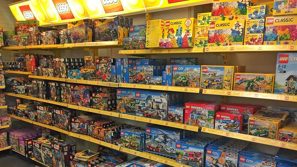 Lego hos Bakkelandets legetøj