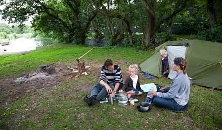 Familie ved Klostermølle teltplads
