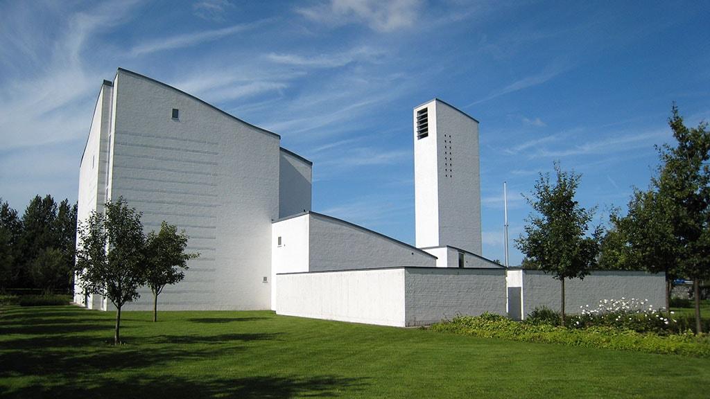 Interessant moderne kirke i det syd-østlige Odense