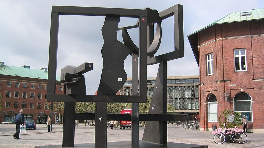 Robert Jakobsens skulptur Flakhaven