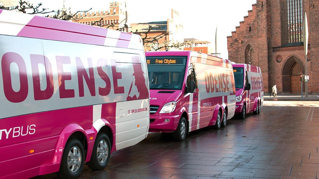 Gratis city-bus i Odense - nu pink og med eventyr
