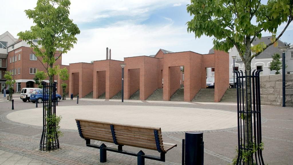 Per Kirkeby i Aars - muren