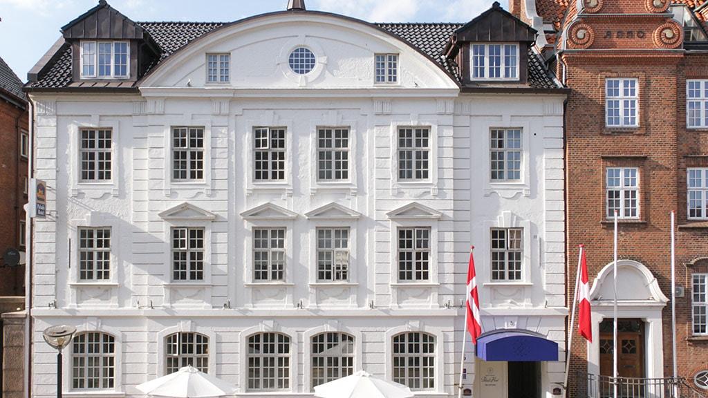 Facade Palads Hotel Viborg