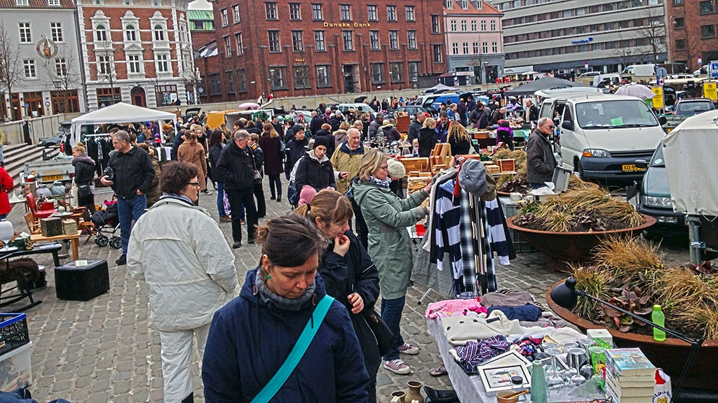 Bagagerumsmarked på Bispetorvet Aarhus