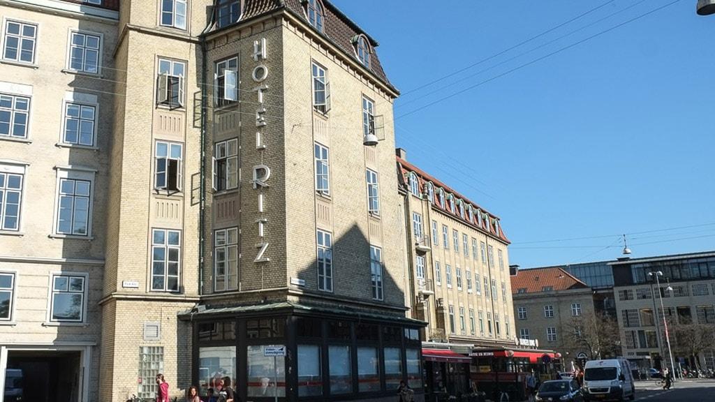 Milling Hotel Ritz i Aarhus på Banegårdspladsen