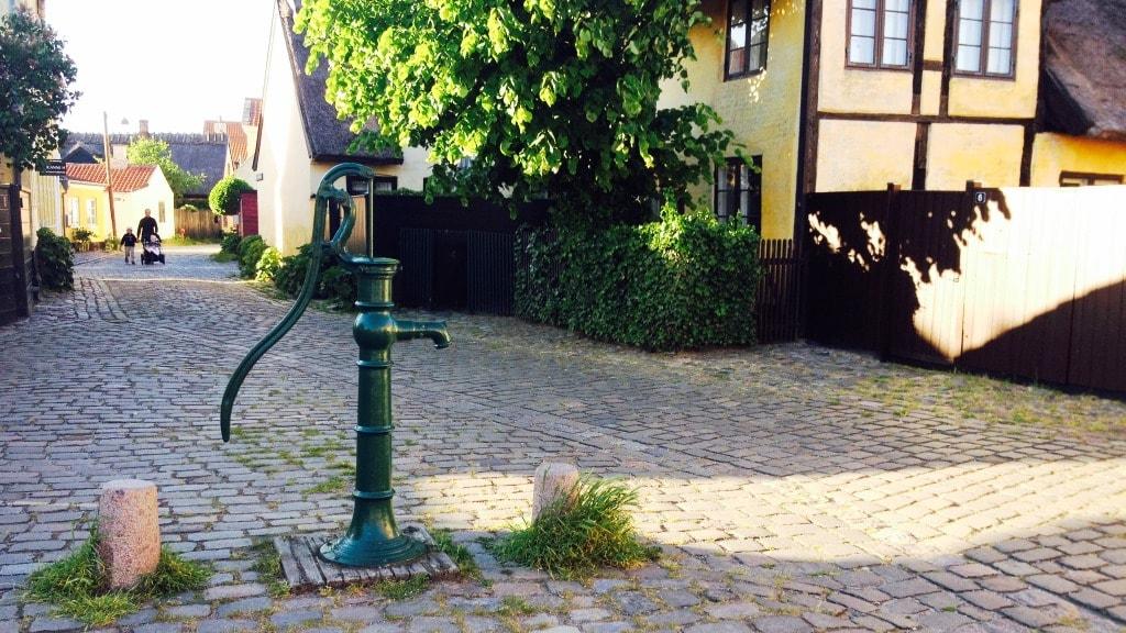 Gamle By Jens Eyberts Plads Vandpost